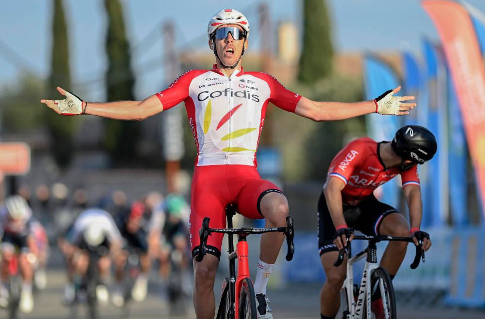 FRANSK DUELL: Til slutt sto kampen om etappeseieren mellom Christophe Laporte og Nacer Bouhanni. Foto: Cor Vos