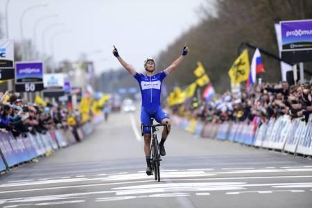 DEN STØRSTE: Niki Terpstra kunne frem til i dg skilte med seier i Paris-Roubaix, nå har han også seier i Flandern rundt på cv'en. Foto: Cor Vos.