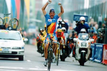 JOHAN MUSEEUW ble verdensmester i 1996, under VM i Lugano i Sveits. Foto: Cor Vos
