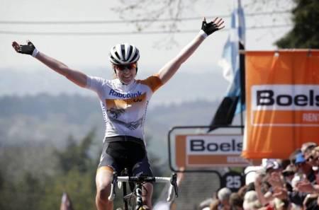 Anna van der Breggen (Rabo-Liv) vant Flèche Wallonne Féminin. Foto: Rabo-Liv