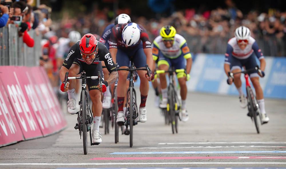 OVERLEGEN: Ny triumf for Caleb Ewan i Giro d'Italia. Foto: Cor Vos