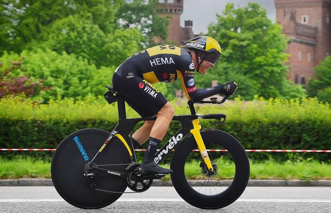 FANTASTISK START: Tobias Foss åpnet Giro d'Italia helt strålende. Foto: Cor Vos