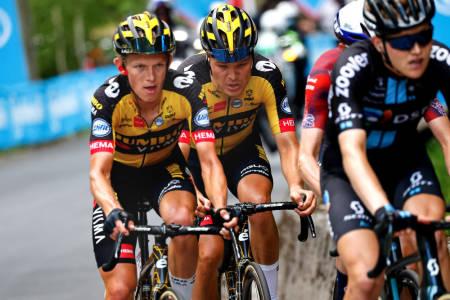 ENDER TOPP TI: Kun uhell kan hindre Tobias Foss i å ta den beste norske Giro d'Italia-plasseringen noensinne. Foto: Cor Vos