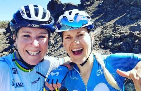 HAR FUNNET TONEN: Annemiek van Vleuten og Katrine Aalerud har fått etablert et godt samarbeid i løpet av de første månedene som lagkamerater. Foto: Privat