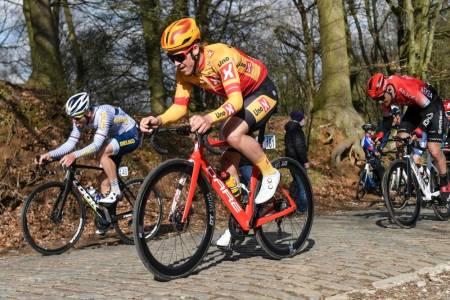 kristoffer doffen halvorsen uno-x pro cycling