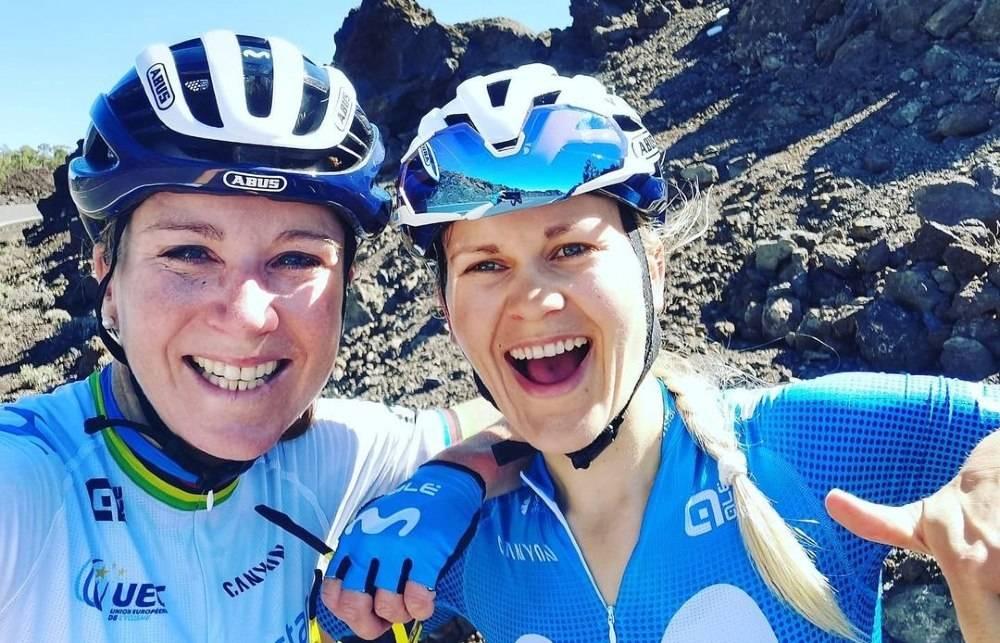 MENTOR: Annemiek van Vleuten har tatt Katrine Aalerud under sine vinger, og den norske syklisten tar til seg alt hun kan lære av verdensmesteren. Foto: Privat