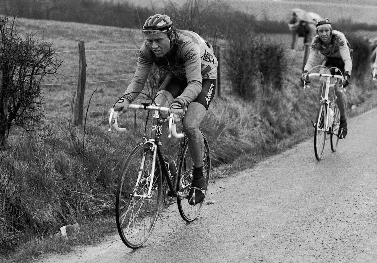 NESTEN: Dag Erik Pedersen på vei opp til teten, LBL 1986. Til slutt blir det en sur tredjeplass, som likevel er Norges beste plassering i rittet, også når 2018-utgaven er unnagjort. Foto: Cor Vos