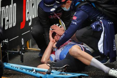 UTMATTET: Mathieu van der Poel måtte grave dypt på den femte etappen av Tirreno-Adriatico. Foto: Cor Vos
