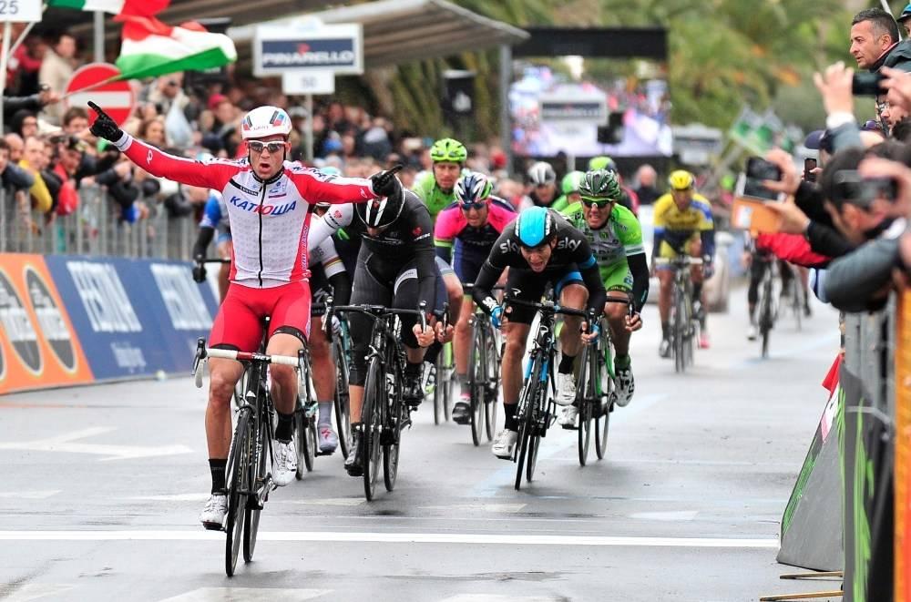 HISTORISK: Alexander Kristoff ble den første nordmannen til å vinne et av sykkelsportens monumenter, da han vant Milano-Sanremo i 2014. Foto: Cor Vos