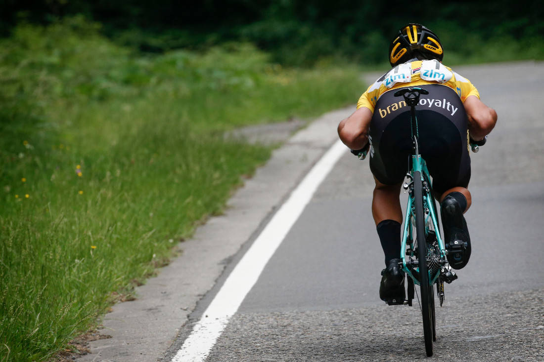SLUTT PÅ DETTE: UCI legger ned forbud mot denne posisjonen på sykkelen. Foto: Cor Vos