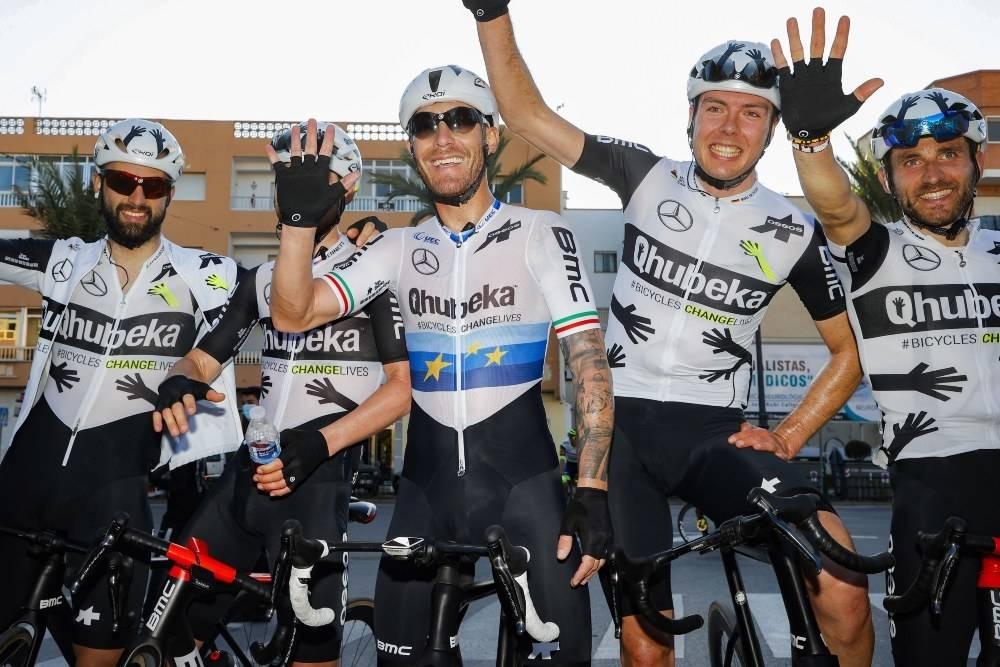 JUBLET: Team Qhubeka-Assos tok en flott seier ved Giacomo Nizzolo i Clásica de Almería. Foto: Cor Vos