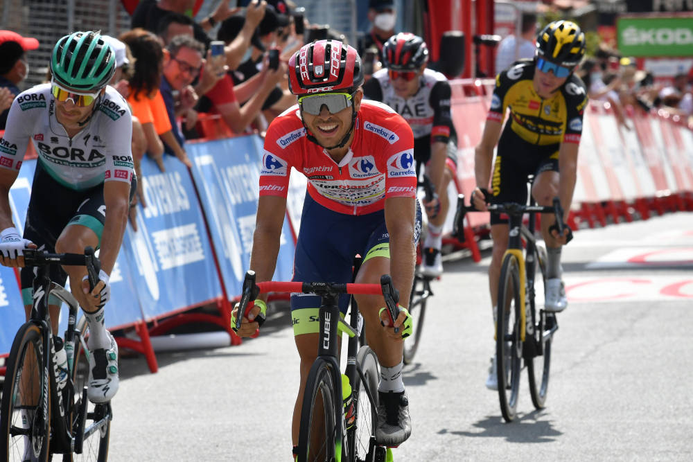 LEDER VUELTAEN: Odd Christian Eiking er i ferd med å gjøre et sensasjonelt Vuelta a España. Foto: Cor Vos
