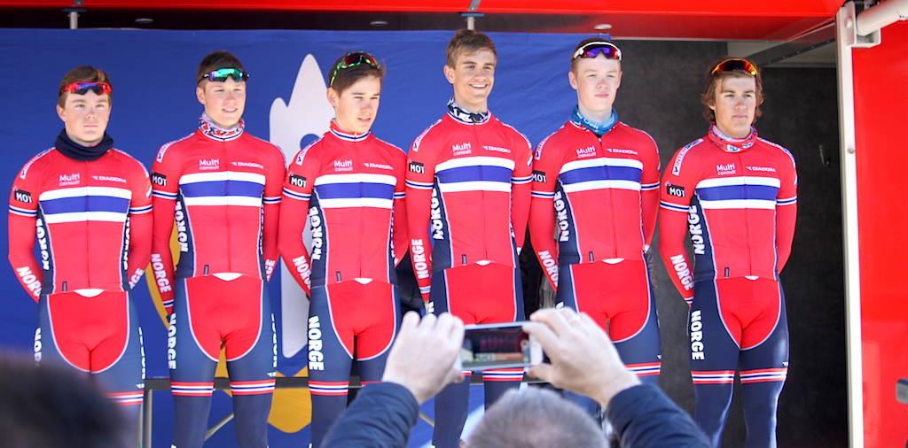STERK INNSATS: Juniorlandslaget hevdet seg med to mann topp ti i helgens Paris-Roubaix for juniorer. Foto: NCF.
