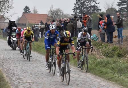 UTSATT: Paris-Roubaix 2021 er utsatt til oktober. Her fra 2019-utgaven. Foto: Cor Vos.
