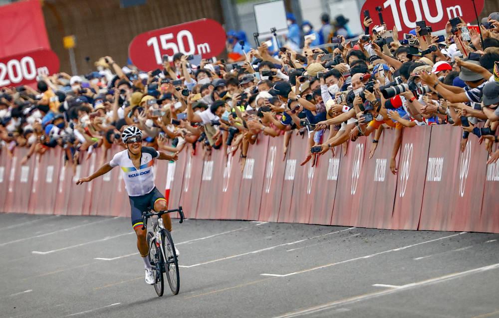 VANT: Richard Carapaz ble olympisk mester lørdag. Foto: Cor Vos