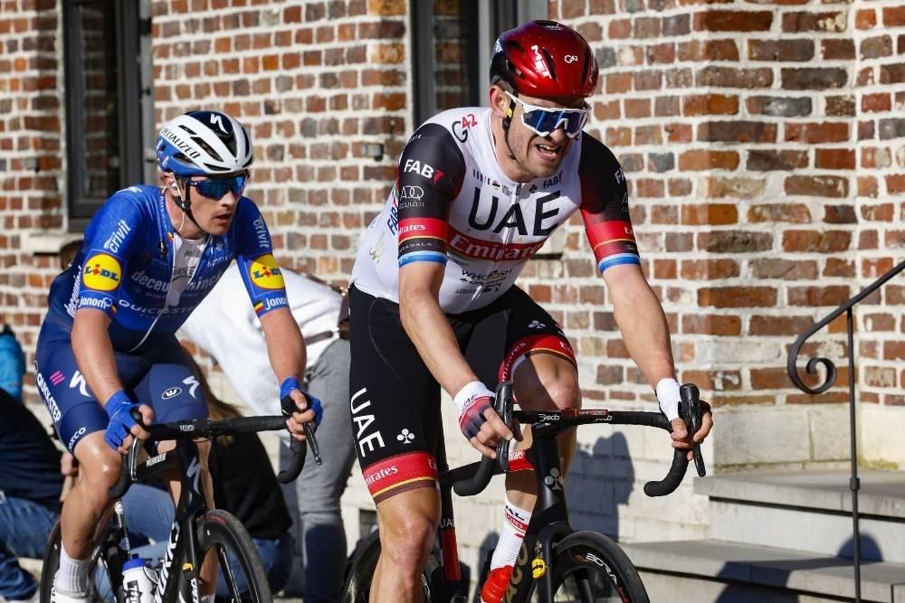 DÅRLIG FLYT: Alexander Kristoff ble nok en gang hindret av uhell, på den andre etappen av Paris-Nice. Foto: Cor Vos