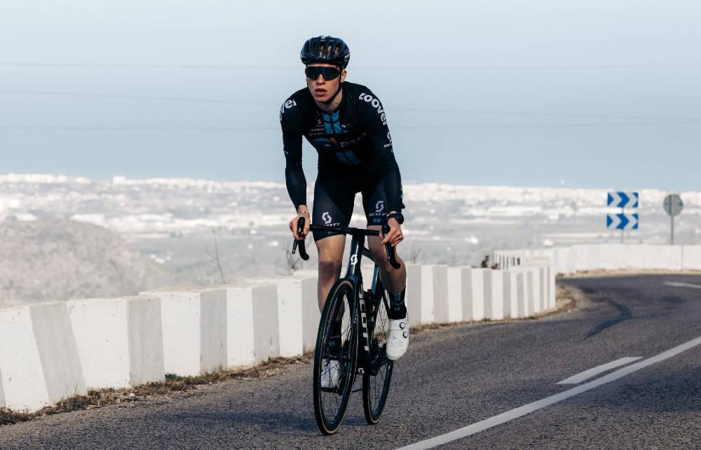 DEBUTANT: For første gang skal Andreas Leknessund sykle ritt i Team DSMs trøye. Foto: Team DSM/Patrick Brunt