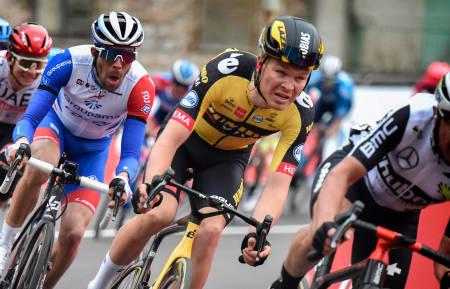 STRÅLENDE ÅPNING: Tobias Foss viste seg frem på den første etappen av Baskerland rundt. Foto: Cor Vos