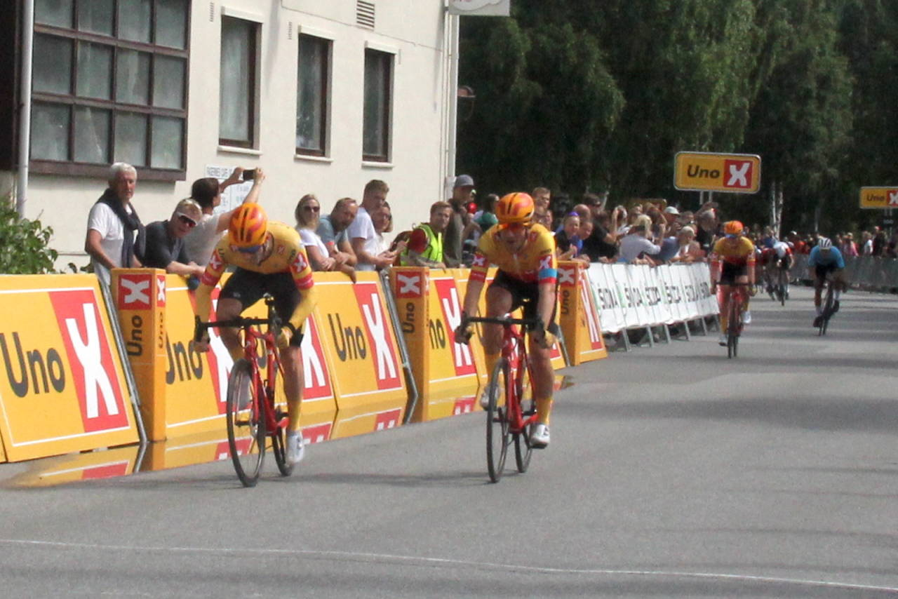 Daniel Hoelgaard vant finaleetappen i Tour te Fjells