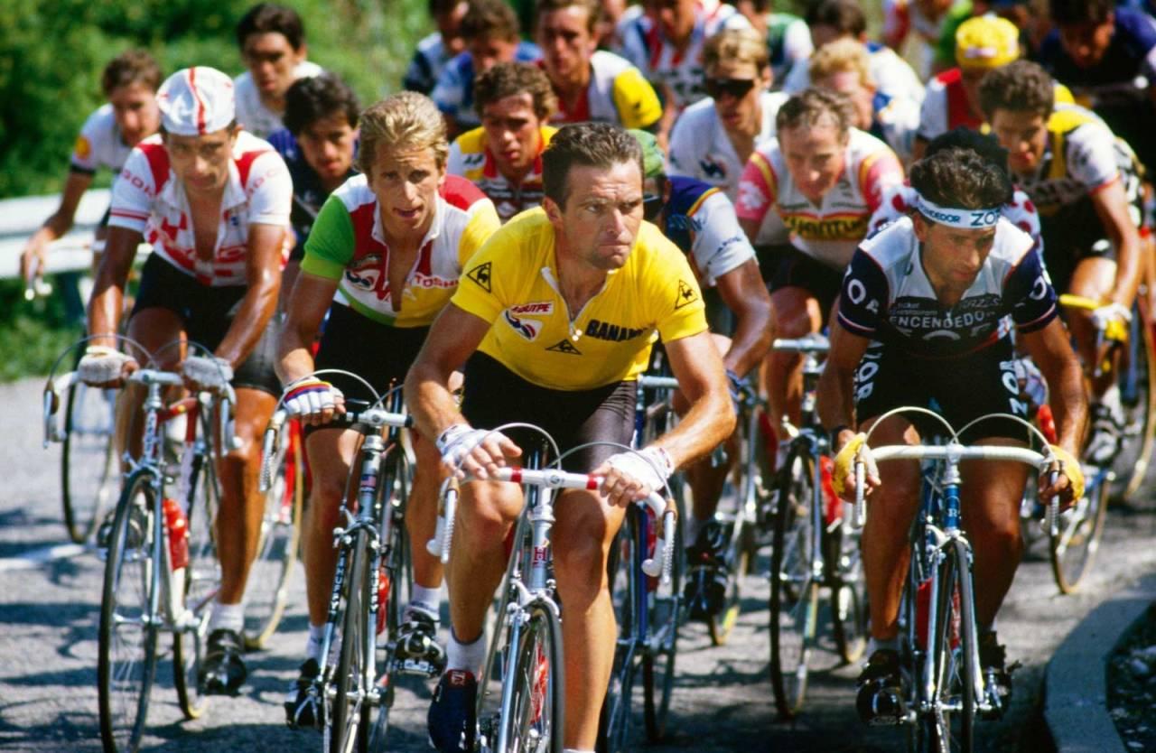 INNBITTE RIVALER: I Tour de France i 1985 og 1986 var Bernard Hinault (foran) og Greg LeMond (til venstre) lagkamerater, men kriget mot hverandre som om de var kapteiner på hvert sitt lag. Foto: Cor Vos.