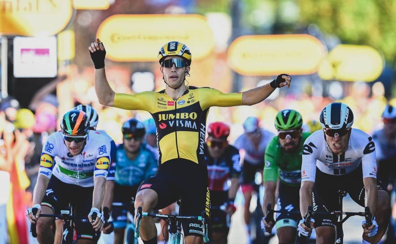 SOLID: Wout van Aert tok en overbevisende seier på dagens etappe. Foto: Cor Vos.