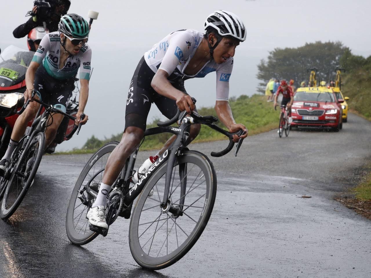 OPP PÅ ANDREPLASS: Egan Bernal kjørte gnistrende og er nå på andreplass sammenlagt. Foto: Cor Vos.