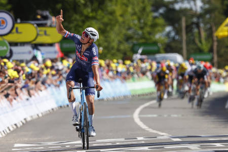 LEVERTE: Mathieu van der Poel ga sykkelpublikummet rikelig med underholdning i sin Tour de France-debut, hvor han vant én etappe og holdt den gule trøyen i seks dager. Foto: Cor Vos