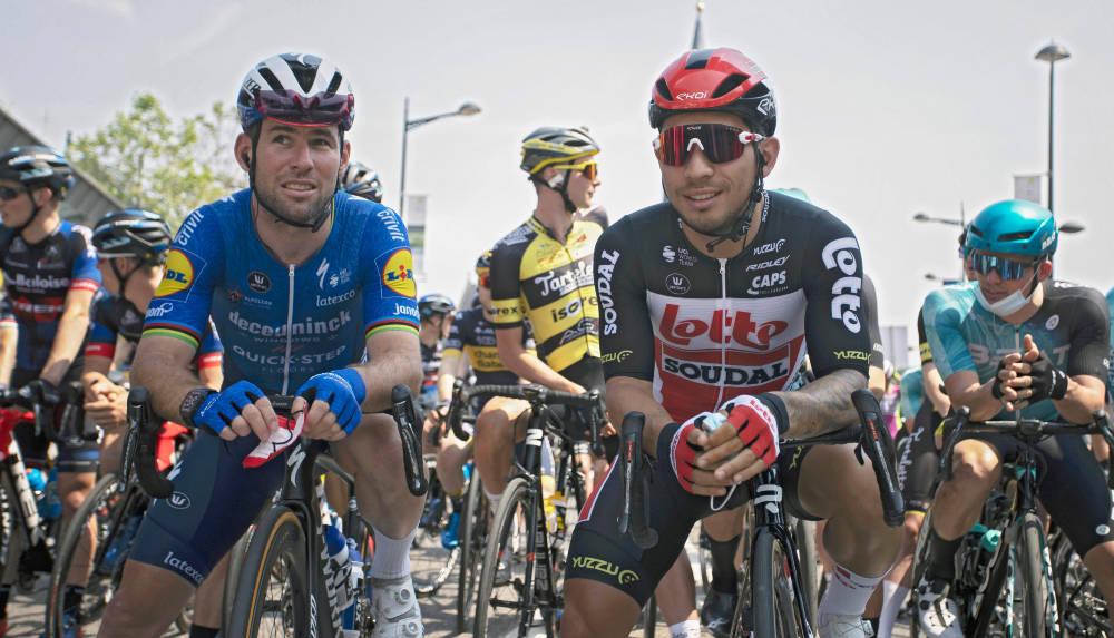 FAVORITTER: Mark Cavendish og Caleb Ewan er blant rytterne som ventes å kjempe om etappeseieren på den tredje etappen. Foto: Cor Vos