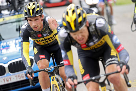 VELTET: Primoz Roglic gikk hardt i bakken på den tredje etappen av Tour de France. Foto: Cor Vos