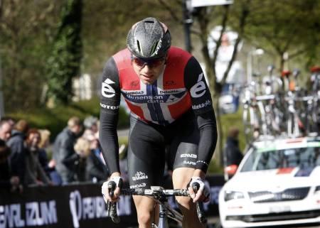 TUNG DAG PÅ JOBBEN: Det ble dessverre ingen suksess for Edvald Boasson Hagen på dagens etappe i Tour of Norway. Foto: Cor Vos.