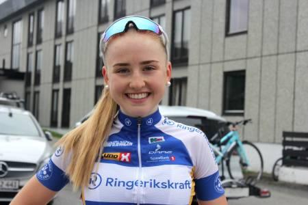 Magdalene Lind fra Ringerike SK andre etappe av Tour te Fjells