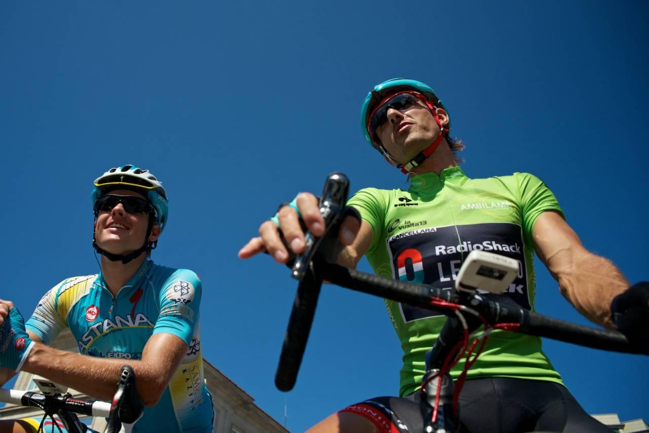 GODE VENNER: Jakob og Fabian har en god tone før start i Vilanova de Arousa.