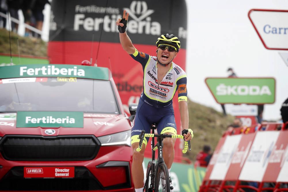 STOR TRIUMF: Det ble både etappeseier og sammenlagtledelse på Rein Taaramäe på den tredje etappen i Vuelta a España. Foto: Cor Vos