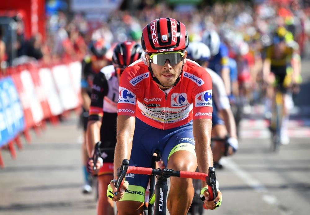 FORTSETTER I RØDT: Odd Christian Eiking har sikret seg minst én dag til som leder av Vuelta a España. Foto: Cor Vos