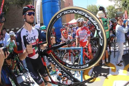 STILIG SYKKEL? Vi tar en kort titt på proffene, og kårer de tre flotteste og de tre ikke full så flotte syklene. Foto: Cor Vos.