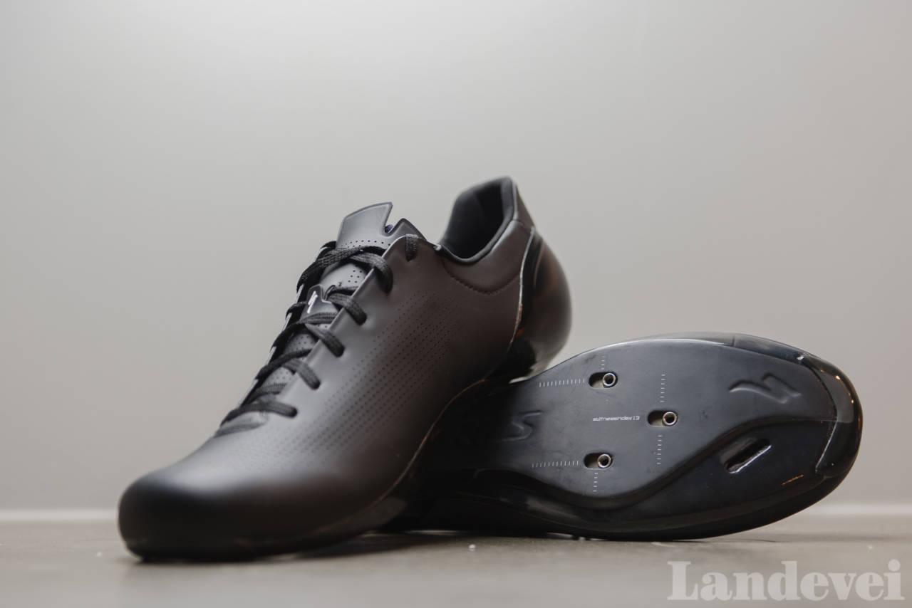NESTEN SYNDIGE: Sub6 er Specializeds aller mest rittfokuserte sko. Dette er moderne industridesign i praksis.