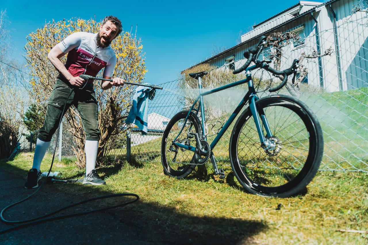 vaske sykkel med høytrykkspyler