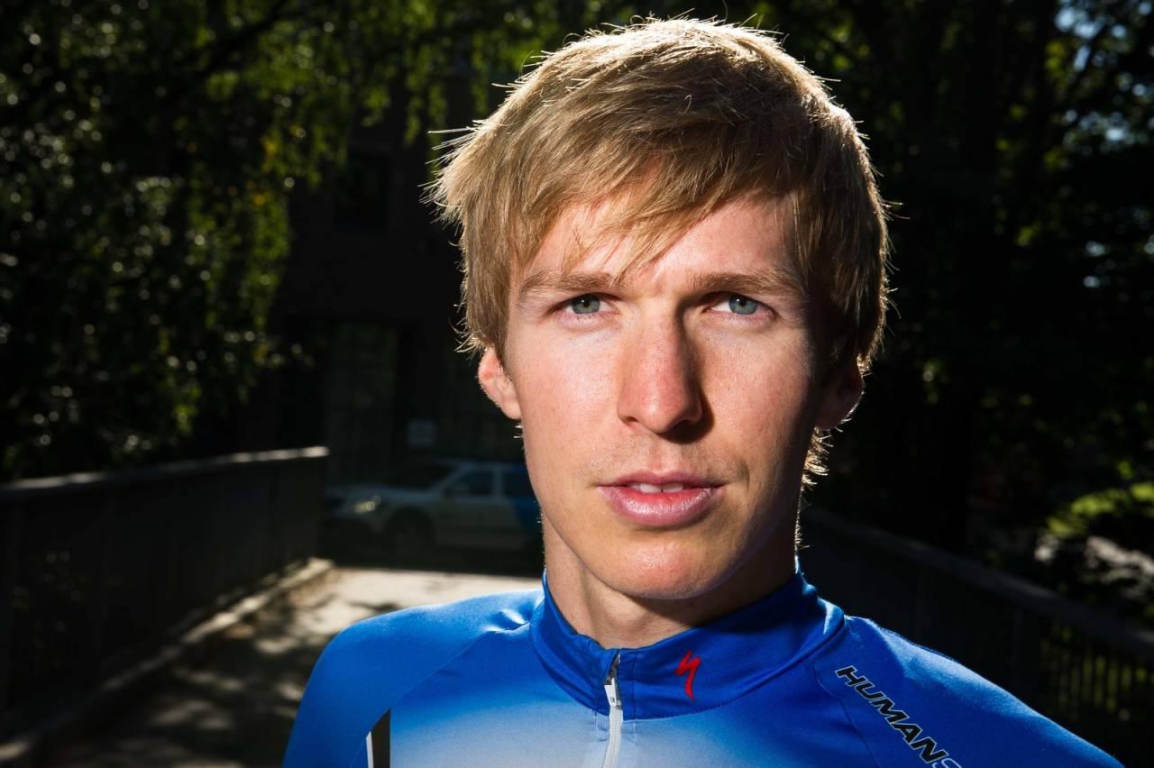 Triatlet og fersk norgesrekordholder Allan Hovda. Foto: Henrik Alpers