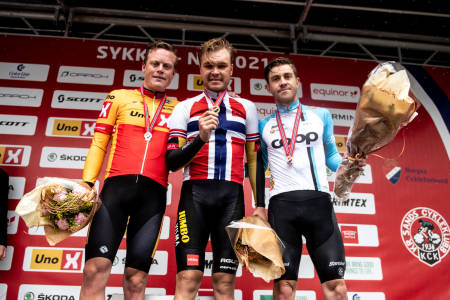 GOD SOM GULL: Kristian Aasvold kjørte inn til sin andre NM-bronse. Det mener trener Stein Ørn er en gullprestasjon. Foto: Henrik Alpers.