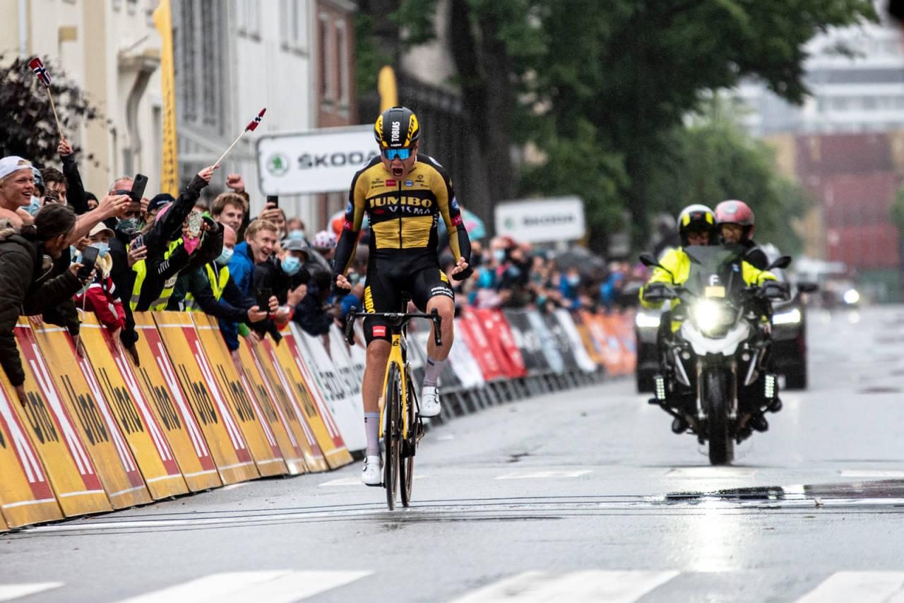NORGESMESTER: Tobias Foss var overlegen i avslutningen og ble norgesmester for andre gang på fire dager. Foto: Henrik Alpers