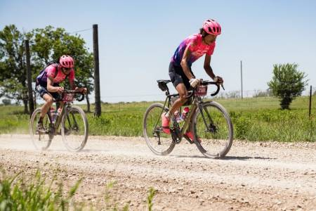 Lachlan Morton Alex Howes sykler Dirty Kanza
