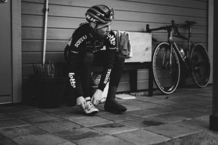 Carl Fredrik Hagen trener mye på sykkels