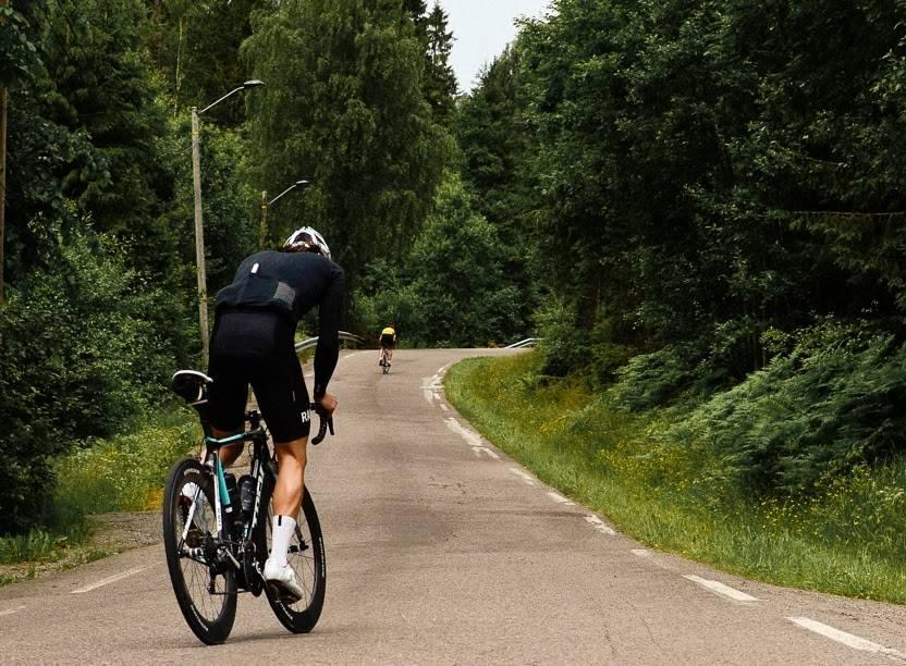 Martin Hoff sykler bratte bakker i Oslo