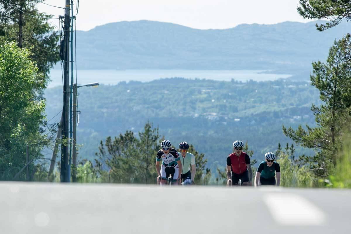 motbakkesykling motbakke bakkesykling landevei cycling Norge 71 bakker du må sykle i Norge fri flyt procycling gruppetto strava segment Bergen Fana Fanafjellet