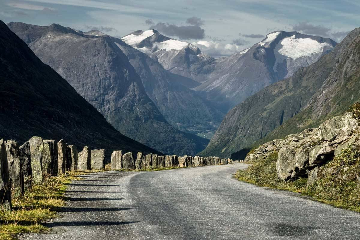 motbakkesykling motbakke bakkesykling landevei cycling Norge 71 bakker du må sykle i Norge fri flyt procycling gruppetto strava segment Stryn Hjellestad Strynefjellet