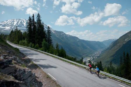 Gaustatoppen motbakkesykling motbakke bakkesykling landevei cycling gausta Rjukan Tuddal Telemark