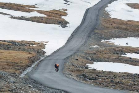 motbakkesykling motbakke bakkesykling landevei cycling Norge 71 bakker du må sykle i Norge fri flyt procycling gruppetto strava segment Jotunheimen Juvass Valdres Lom