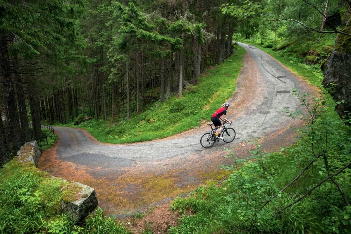 motbakkesykling motbakke bakkesykling landevei cycling Norge 71 bakker du må sykle i Norge fri flyt procycling gruppetto strava segment Trollstien Tronåsen Moi Flekkefjord
