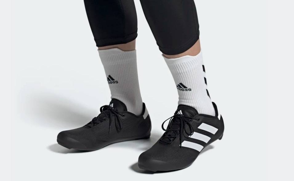 NY LOOK? Adidas er tilbake i sykkelsporten med denne looken. Frister det?