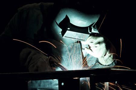 RIMELIG MORO: Sveising av aluminiumssykler er en enkel,  fleksibel og rask prosess. Syklene blir selvsagt rimeligere, men du verden så gode de er blitt med tiden også. Foto: Shutterstock.